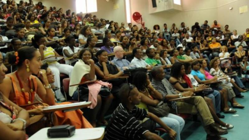 Université des Antilles : inquiétudes quant à l'élaboration du vote du budget primitif 2017