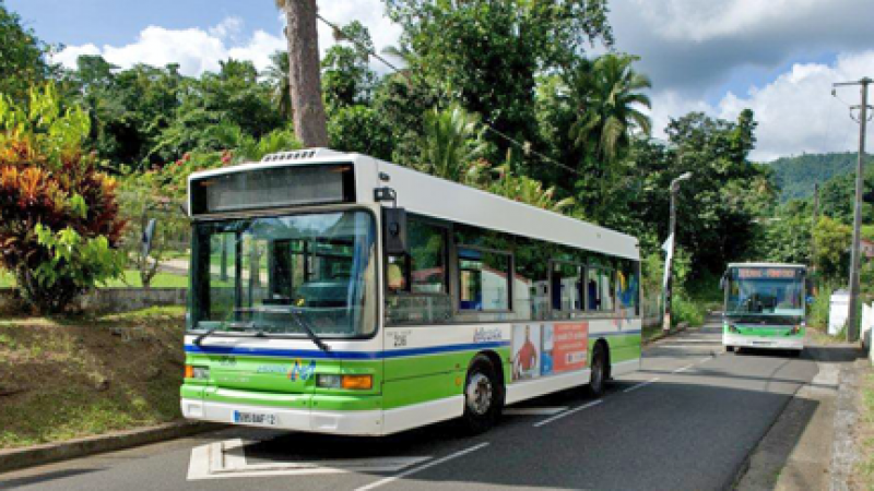 Des usagers pénalisés par un arrêt brutal des rotations sur le réseau Mozaïk  CACEM Bus et TCSP lors du passage de la tempête ISAAC