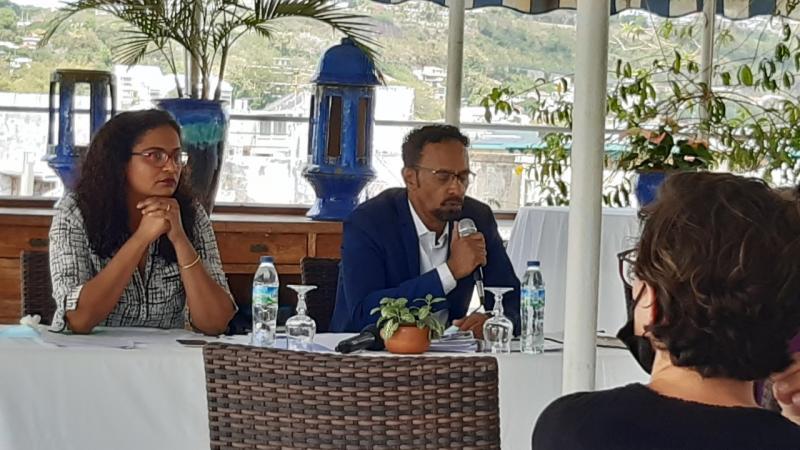 """Conférence de presse de l'association """"Ecologie Urbaine"""" et de ses avocats sur le dossier du chlordécone (2è partie)"""