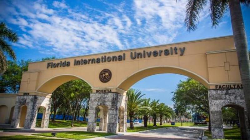 """FACULTY DEMAND FIU BECOME """"SANCTUARY CAMPUS"""" FOR IMMIGRANTS"""