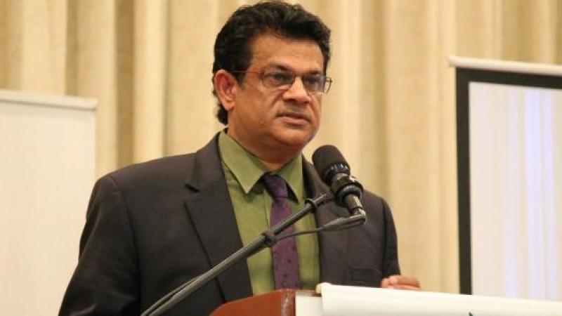 DR FUAD KHAN: TRINI WOMEN GETTING TOO FAT
