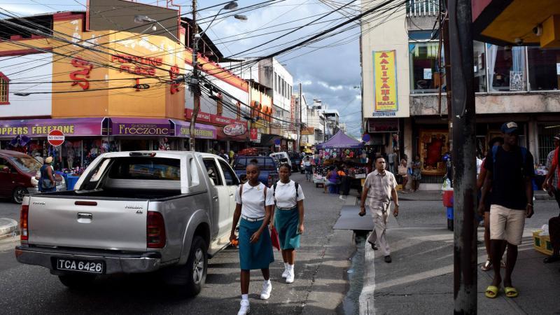 Trinidad face à la crise humanitaire alors que de plus en plus de Vénézuéliens cherchent refuge