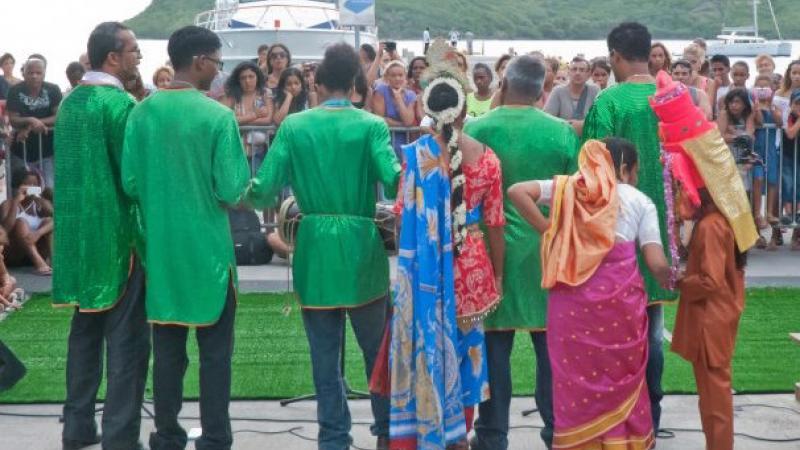 Les Indo-guadeloupéens s'insurgent contre les propos noiristes d'une chanteuse de zouk