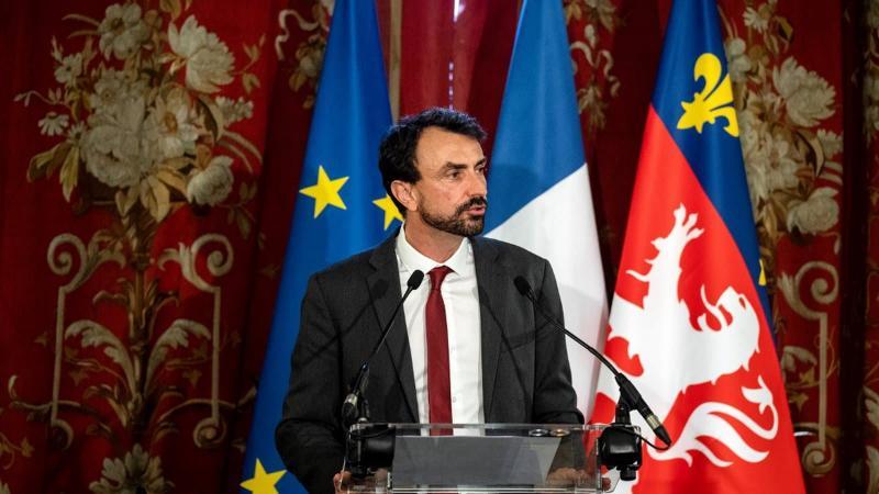 Lyon: Grégory Doucet baisse ses indemnités de maire de 1000 euros