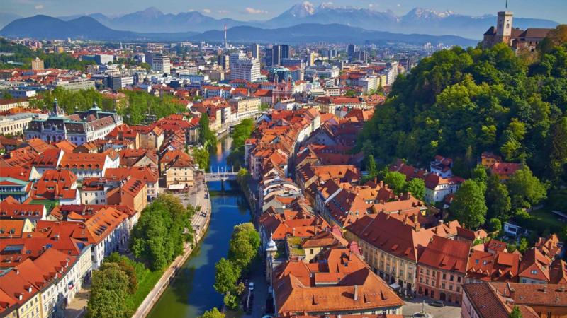 15 ans après avoir interdit les voitures, la ville de Ljubljana est aussi calme qu'une forêt