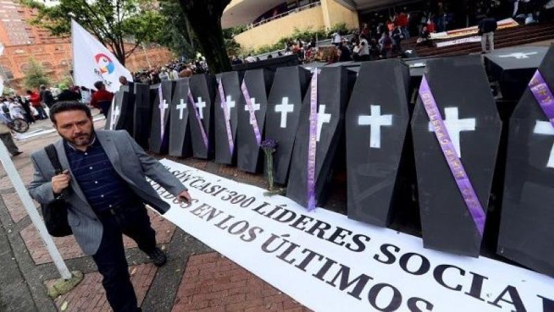 El costo de ser líder social en Colombia : Van 451 asesinados