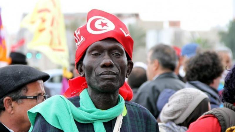 Tunisie : « On va quitter votre beau pays si accueillant », le témoignage d'une victime de racisme !