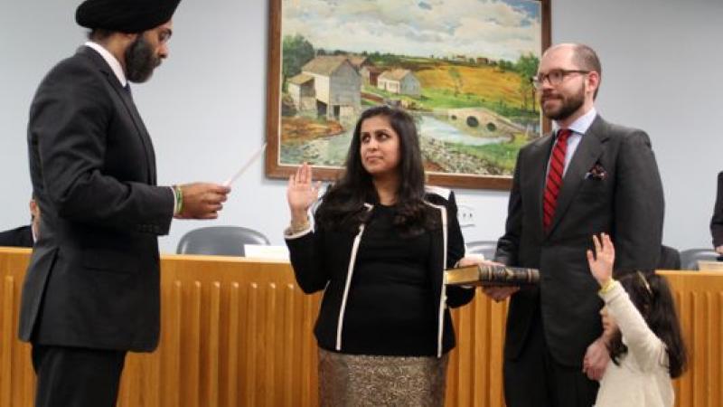 Sadaf Jaffer, la première femme maire de confession musulmane des Etats-Unis