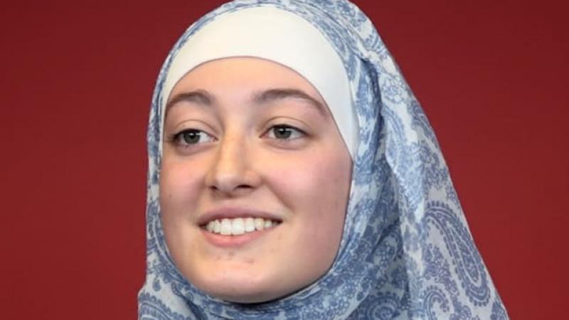 Maryam Pougetoux, présidente de l'Unef à Paris-IV: «Mon voile n'est absolument pas un symbole politique»