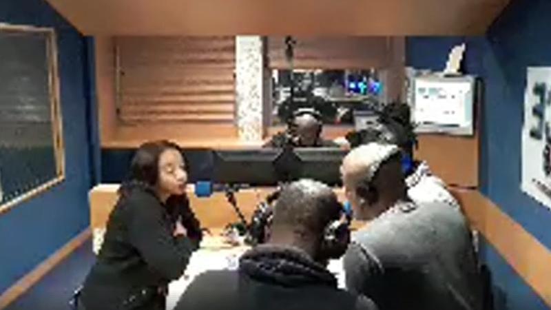 """Sur Radio ESPACE-FM, Corinne Mencé-Caster parle du """"Talisman de la Présidente"""""""